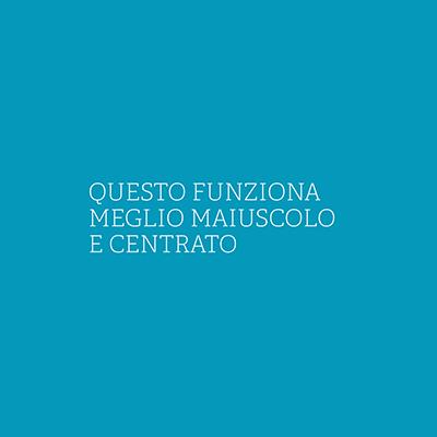 immagine azzurra con testo centrato